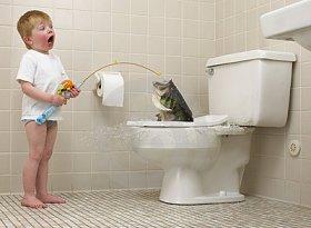 Малыш на рыбалке