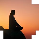 Взвесим всё: разбираемся в за и против горячей йоги