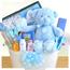 Выбор подарка для новорожденного: полезные и не очень презенты